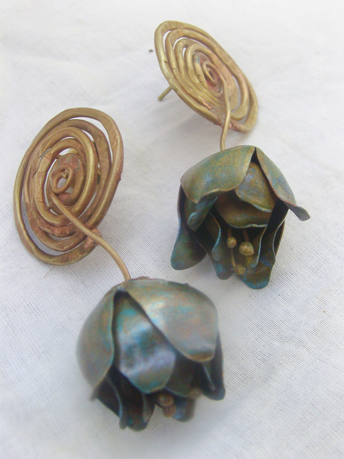 Blue notes by Chicory Chai, Art Jewellery, Contemporary Earring