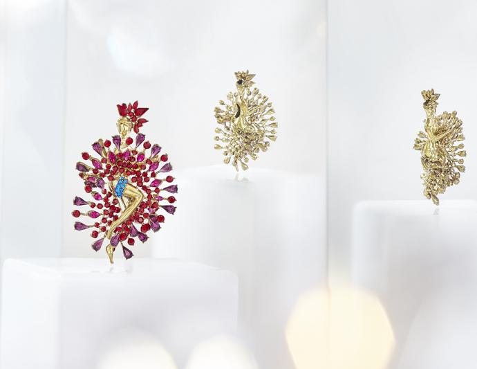 Doriss Brooch in Swarovski by Nine Vice, Art Jewellery Brooch