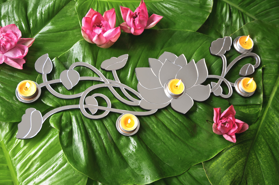MIRROR: Lotus Tea-Light Holder - Big T-Light and Votive Holder By obliq