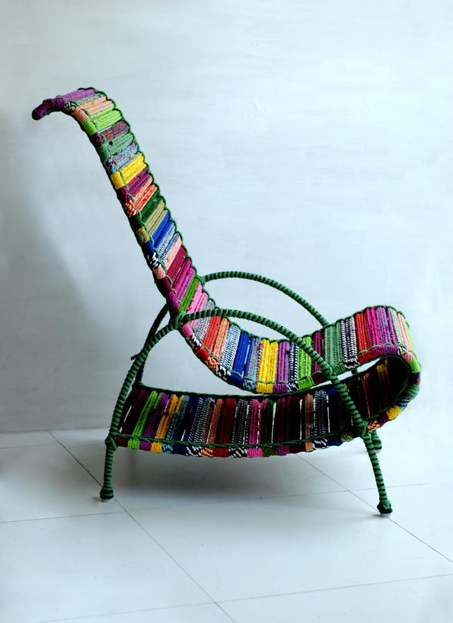 Pelican chair in tropical multicolor 5