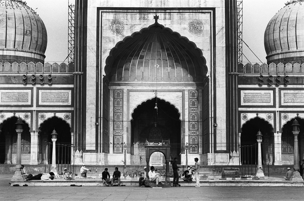 Morning At Jama Masjid, New Delhi by Prarthana Modi, Image Photography, Digital Print on Archival Paper, Gray color