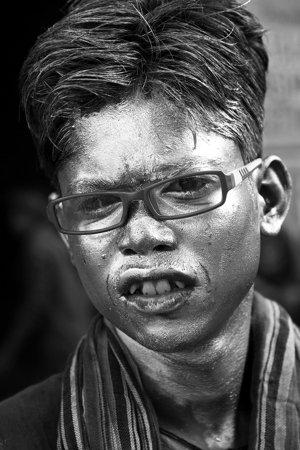 Banaras 01 by Arunkumar Mishra, Image Photograph, Digital Print on Paper, Gray color