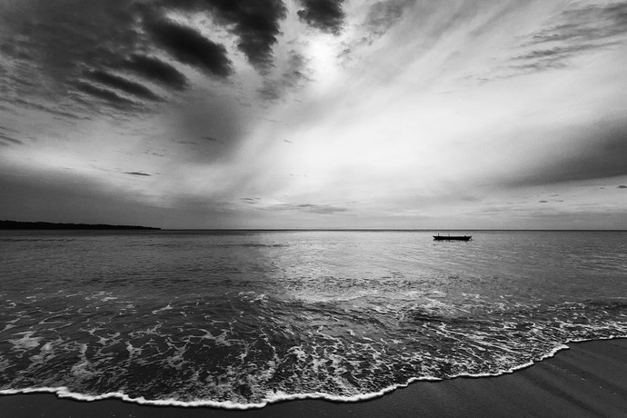 Approach by Bitan Mukherjee, Image Photograph, Digital Print on Canvas, Gray color