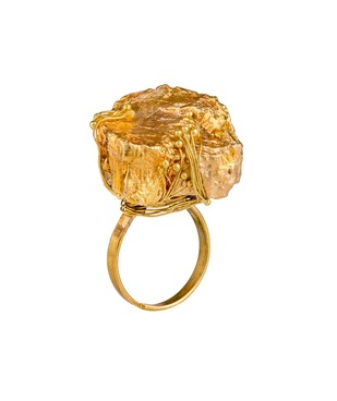 Nugget 2- Gold by Studio Kassa, Art Jewellery, Contemporary Ring