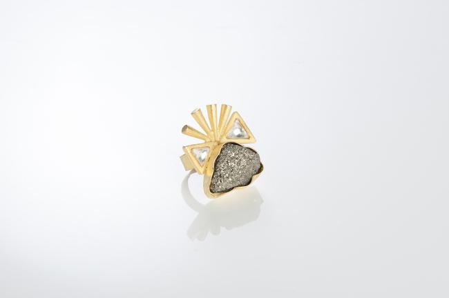 SPIKED KUNDAN AND ROCKS by Vasundhara, Contemporary Ring