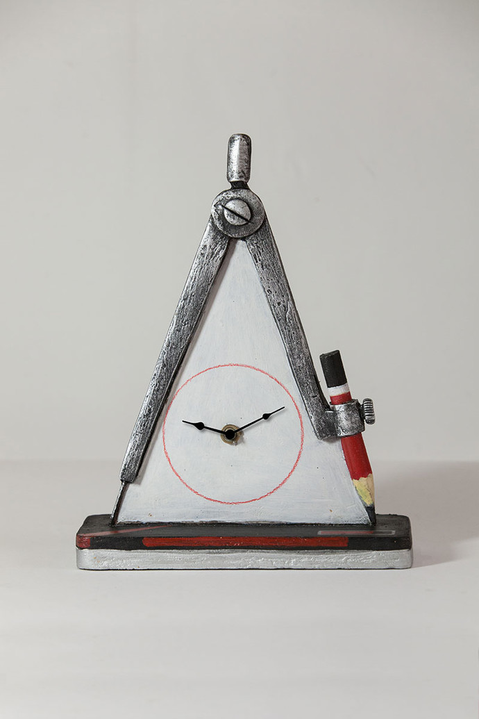 Compass Table Clock Clock By THE ART SPA