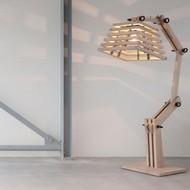 Wood robot amp 1075x1075