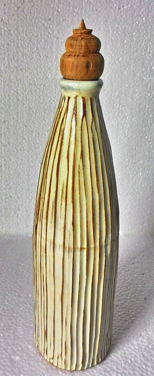 Round Bottle Serveware By Wind Glaze