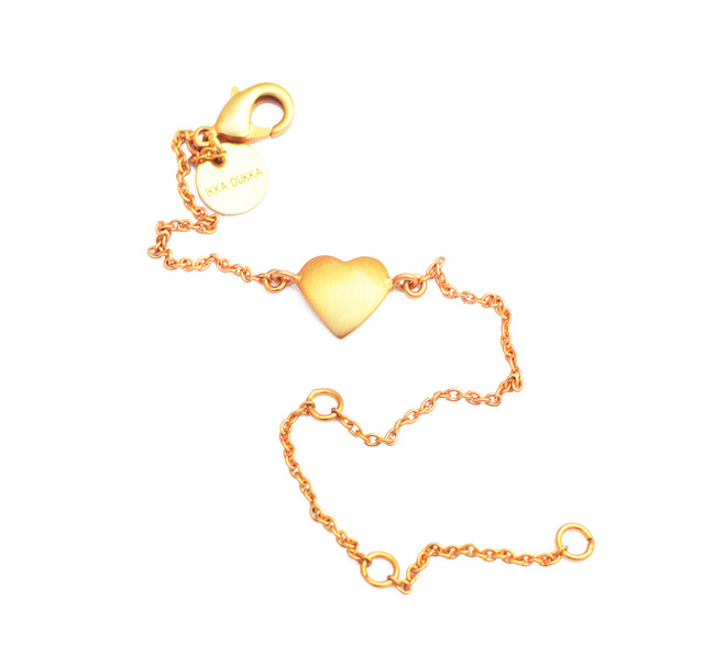 HEART CHAIN BRACELET by Ikka Dukka Studio Pvt Ltd, Art Jewellery, Contemporary Bracelet