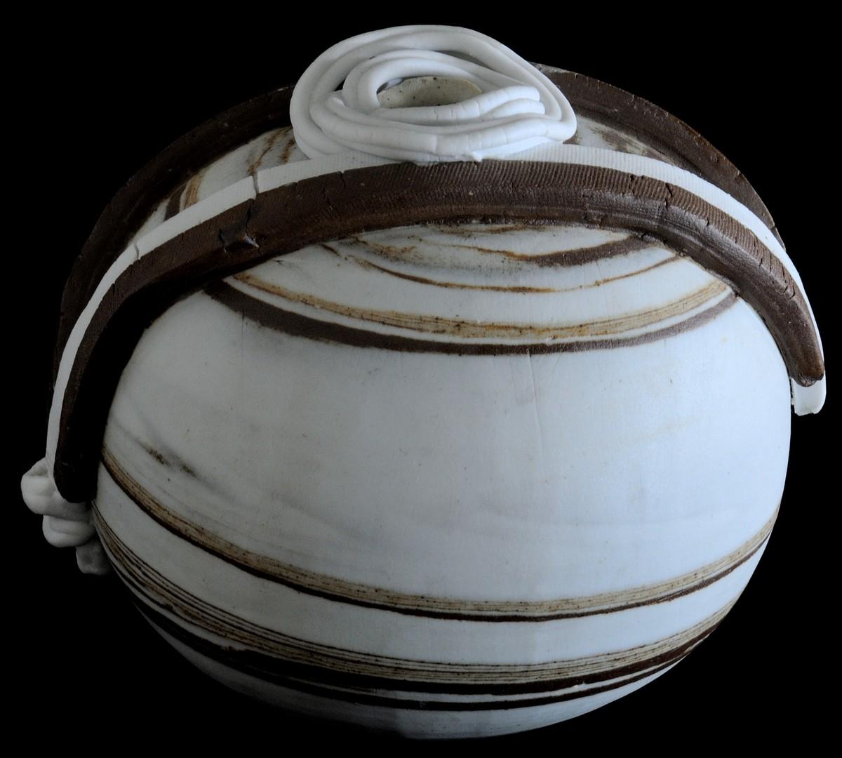DESERT WINDS by Usha Garodia, Art Deco Sculpture | 3D, Ceramic, Gray color