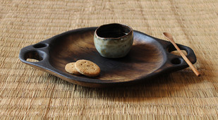 Puddle platter by TARU , Contemporary Platter, Wood, Beige color