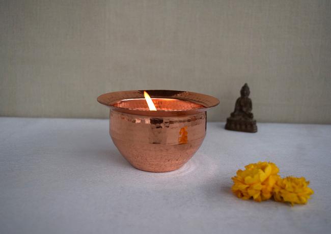 Folklore Tea light T-Light and Votive Holder By Studio Coppre