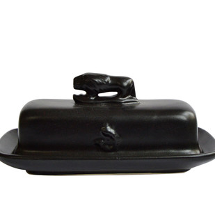 BRIGID BUTTER DISH by Ikka Dukka Studio Pvt Ltd, Contemporary Kitchen Ware