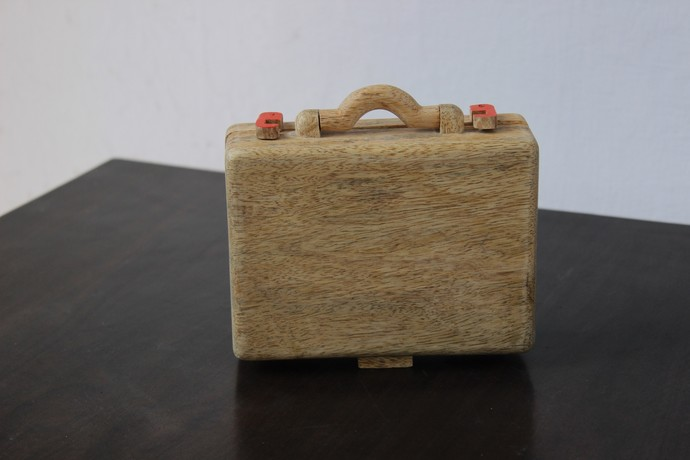 IVEI Suitcase shaped desk organizer- orange Stationery By i-value-every-idea