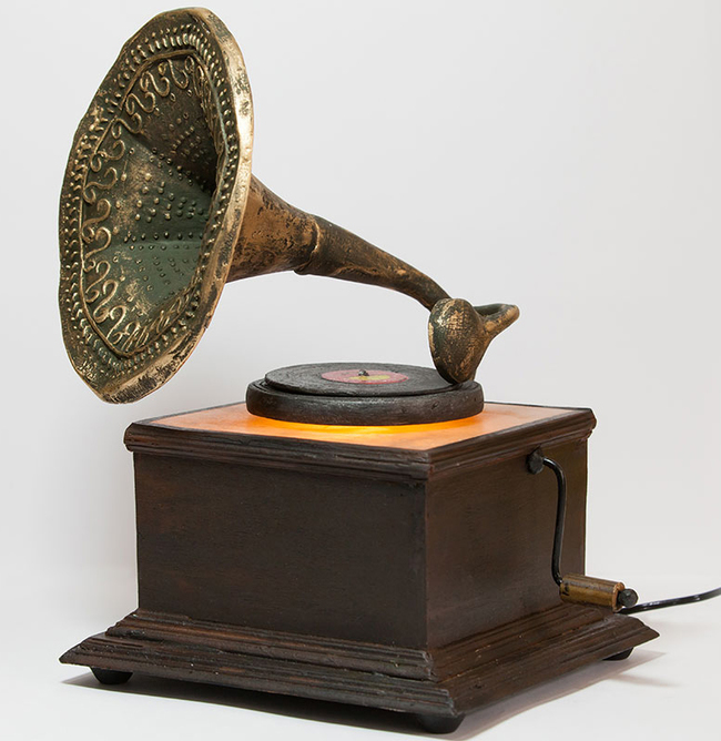 Gramophone Lamp Table Lamp By THE ART SPA