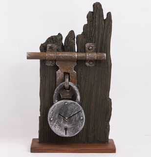 Lock Sleeper Clock Clock By THE ART SPA
