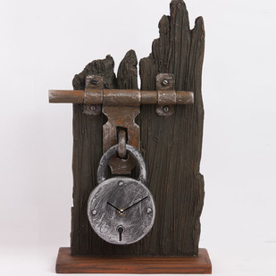 Lock Sleeper Clock Clock By THE ART SPA