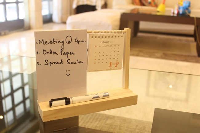 IVEI warli desk calendar with a whiteboard Decorative Vase By i-value-every-idea