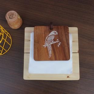 IVEI Mandala solid wood napkin holder - parrot Tissue Box By i-value-every-idea
