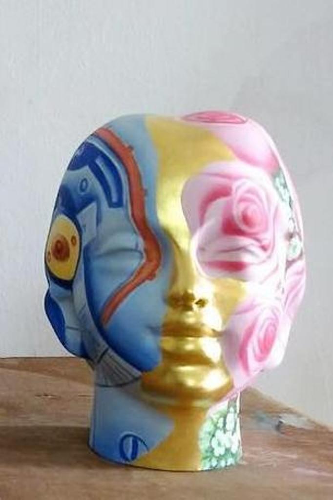 Head by Venkat Bothsa, Art Deco Sculpture | 3D, Fiber Glass, Gray color