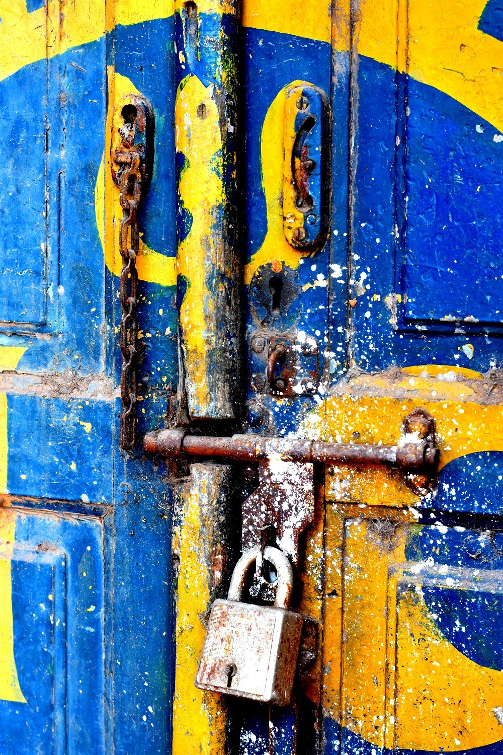 Door No. 19 by Shafi, Image Photography, Digital Print on Paper, Blue color