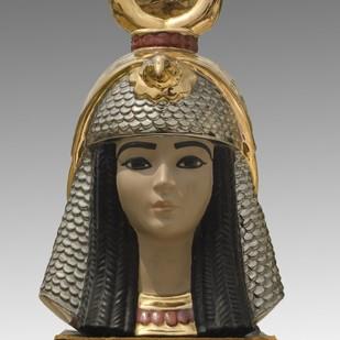 Head of Nefertiti by Unknown Artist, Art Deco Sculpture | 3D, Ceramic, Gray color