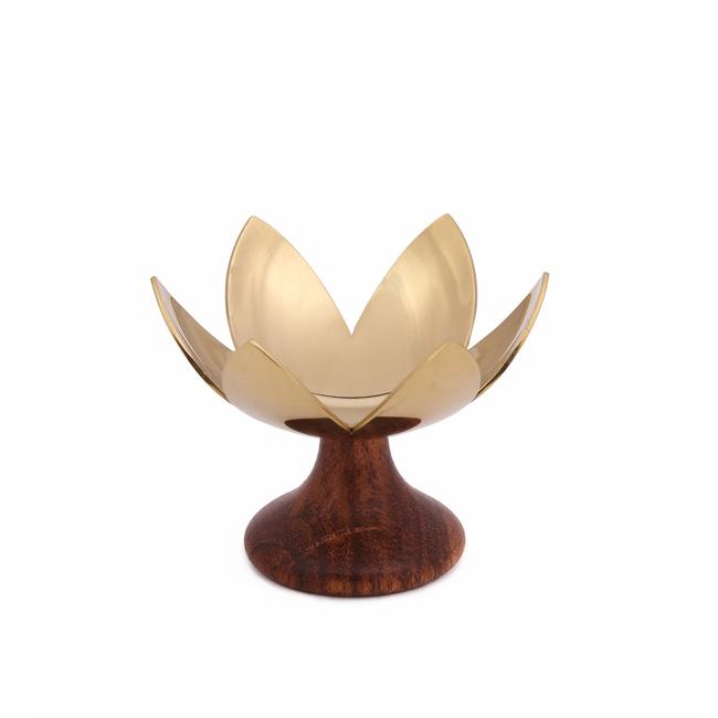 Lotus blosson  brass  2