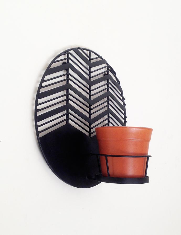 Amalfi Waves - Metal wall planter with ceramic pot Garden Decor By Studio Earthbox