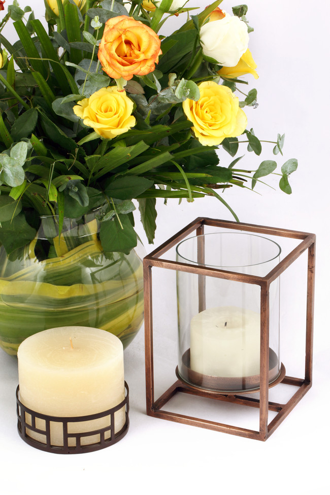 The lohasmith   cage pillar candle holder   round   styled