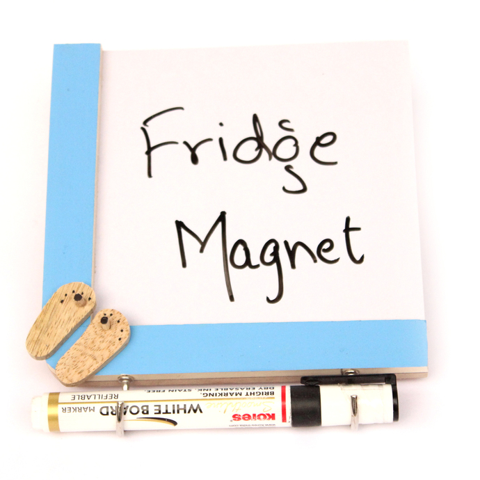 IVEI wooden Fridge magnets with a whiteboard and hooks - Slippers Stationery By i-value-every-idea