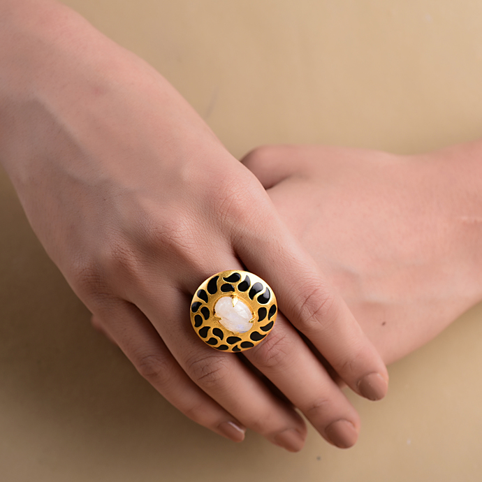 ENAMELLED DISC RING by Symetree, Art Jewellery Ring